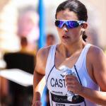 マラソンを走る女