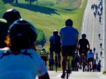 The hills just keep on rolling, RAGBRAI 2013. Copyright Robert Hartwig.