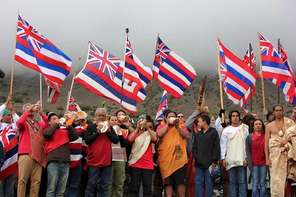Hawaiis Mauna Kea Protectors Aim To Halt TMT Construction