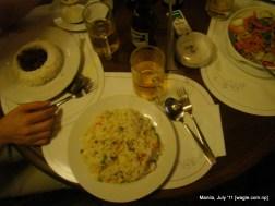Manila food: Fried rice in a restaurant in Makati