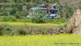 a bus comes from rolpa. this is were our bus stopped for lunch