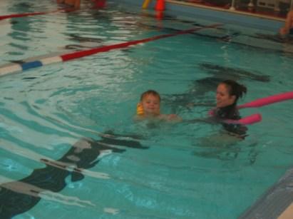 Lars 3 yrs swim lessons