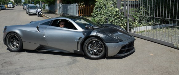 Huayra - Out for a test drive