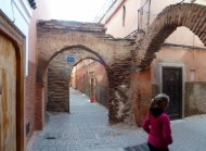Which way should we go in the Marrakech Medina?