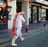 Food in Almuñécar - half a pig in August just walking around