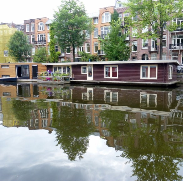 Peaceful mornings Canal Living Amsterdam