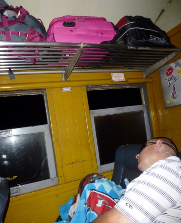 Train Bangkok to Chiang Mai Alan and Lars sleeping