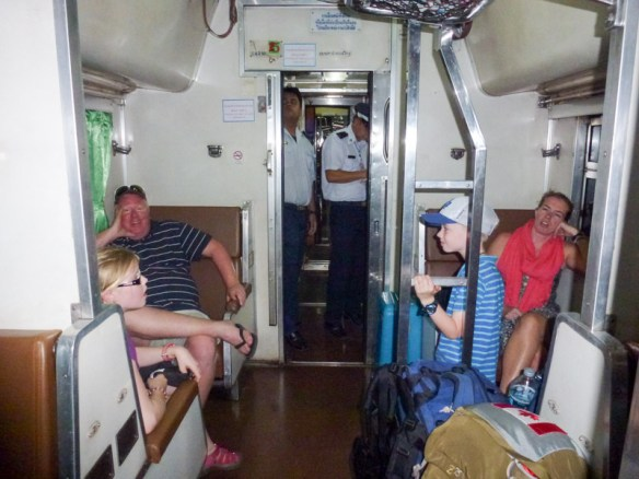 Bangkok-to-Koh-Tao-on-Sleeper-Train-6