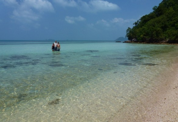 Wagoners Abroad with Island Gem Picnic