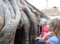 Wagoners-Abroad-Angkor-Wat-Tour-58