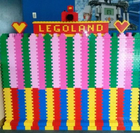 Kuala Lumpur Legoland! Kuala Lumpur to Legoland Malaysia or from Singapore, Johor Bahru Legoland Malaysia. How to get from Kuala Lumpur to Legoland Malaysia or from Singapore too. Kuala Lumpur Legoland express bus, Self Driving and more. Read more on WagonersAbroad.com