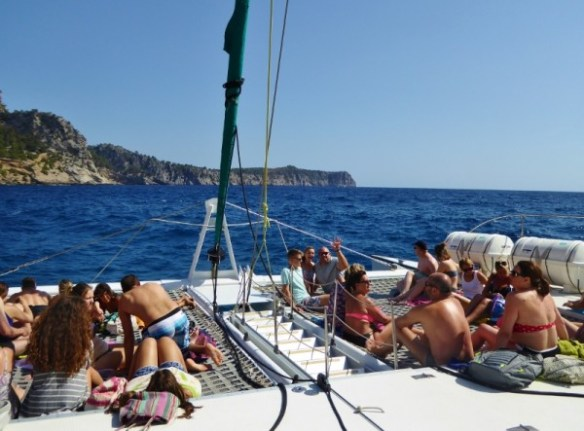 Alcudia-Sea-Trips-Mallorca-Alan-Lars-Heidi-trampoline