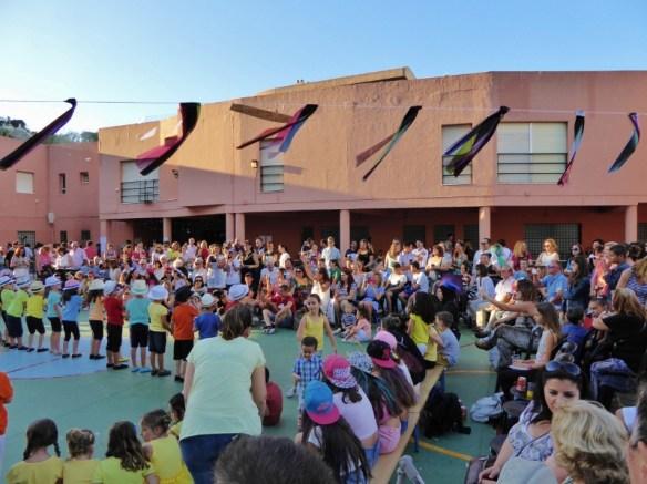 La Noria fin de classe End of year celebrations. each grade performs.
