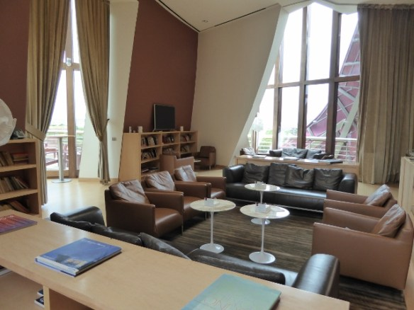 The privat guest libraray at Marques de Riscal