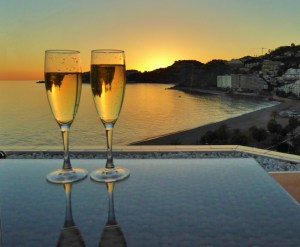 Are you dreaming of moving to Spain? We can help you with our relocate to Spain packages and offering extra touches when relocating to Costa Tropical. Read more on WagonersAbroad.com