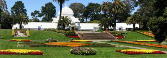 Golden Gate Park San Francisco. image source https://upload.wikimedia.org/wikipedia/commons/9/90/Conservatory_of_Flowers_in_Golden_Gate_Park,_San_Francisco.jpg