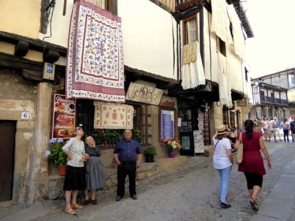 We were also fortunate enough to experience the Corpus Christi festival, one of the most beautiful celebrations in La Alberca. All of the town windows and balconies along the procession route were adorned with traditional handmade quilts and embroidered cloths.