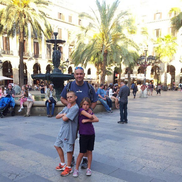 Alan-and-the-young-Wagoner kids in Barcelona!