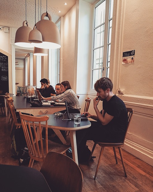 remote work coffee shop - Read more on https://wagonersabroad.com