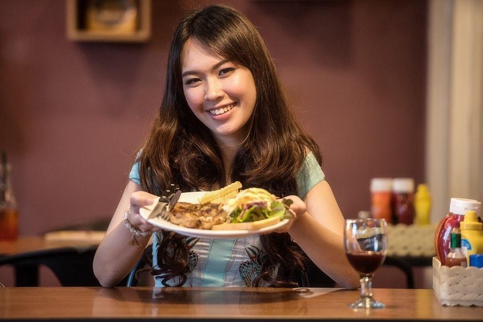 Makanan Indonesia ini dianggap ekstrim oleh turias asing
