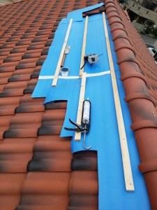 仮養生後の瓦屋根