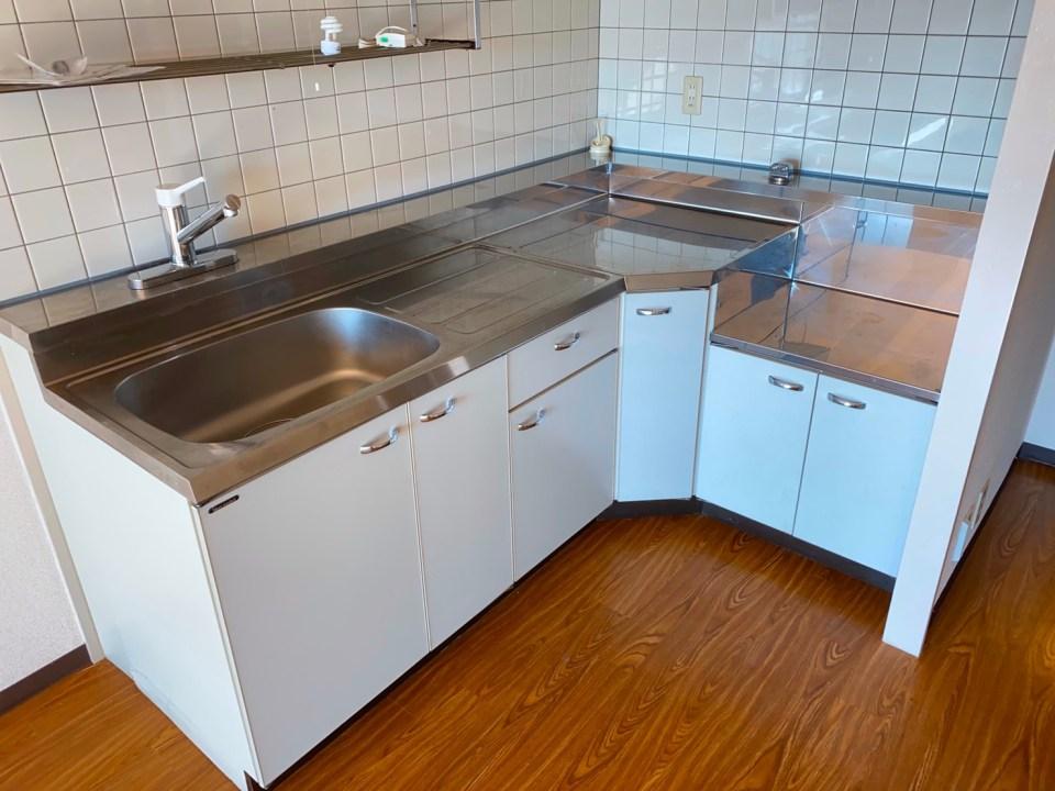 システムキッチンの天板磨き