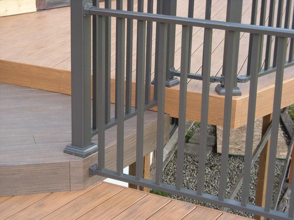 Aluminum decking deck rail aluminum deck railing wahoo rail wahoo rail is a low maintenance aluminum deck railing system that will not rot splinter or lose reliability over time baanklon Images