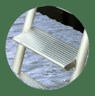 Dock-Step-Ladder-Tread
