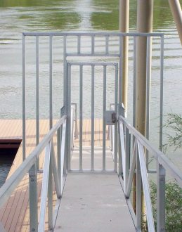 security gate on Wahoo aluminum docks floating dock