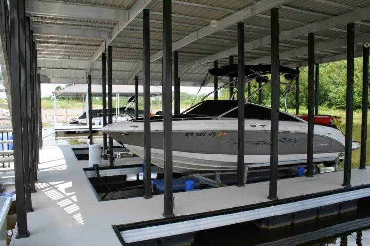 wahoo aluminum docks floating dock multiple slips and painted poles