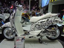motorshow2011-angle-13-scoopy