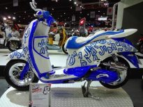 motorshow2011-angle-15-scoopy