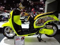 motorshow2011-angle-16-scoopy