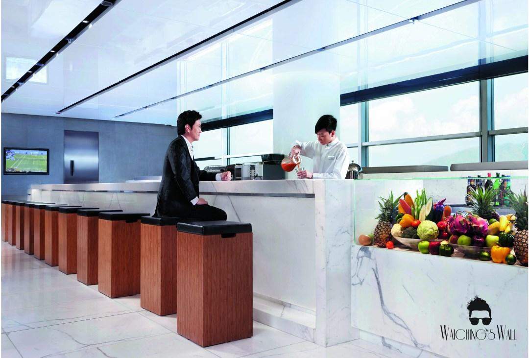 Cathay Pacific Airways_Travel Blogger_Vancouver Dubai_Waichings Wall-05