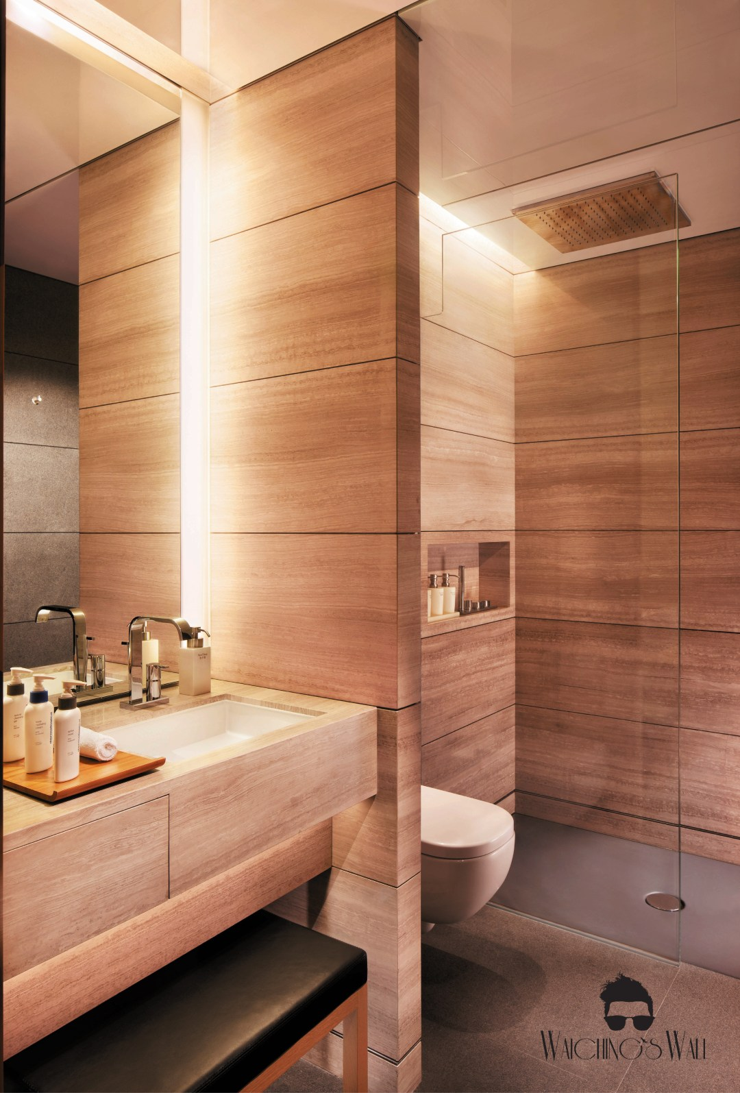 Cathay Pacific Airways_Travel Blogger_Vancouver Dubai_Waichings Wall_Shower Suites-01