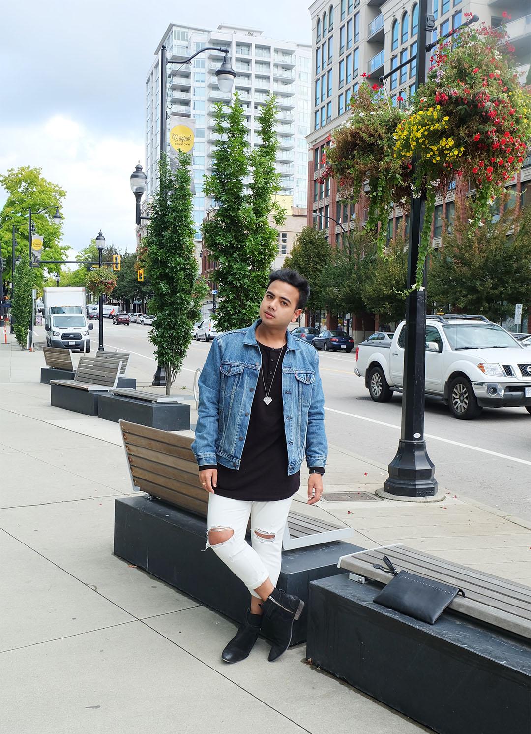 Jonathan Waiching Ho_Levis Denim Jacekt_Top Bloggers Canada_Influencer in Vancouver_2
