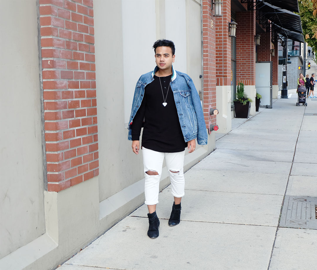 Jonathan Waiching Ho_Levis Denim Jacekt_Top Bloggers Canada_Influencer in Vancouver_8