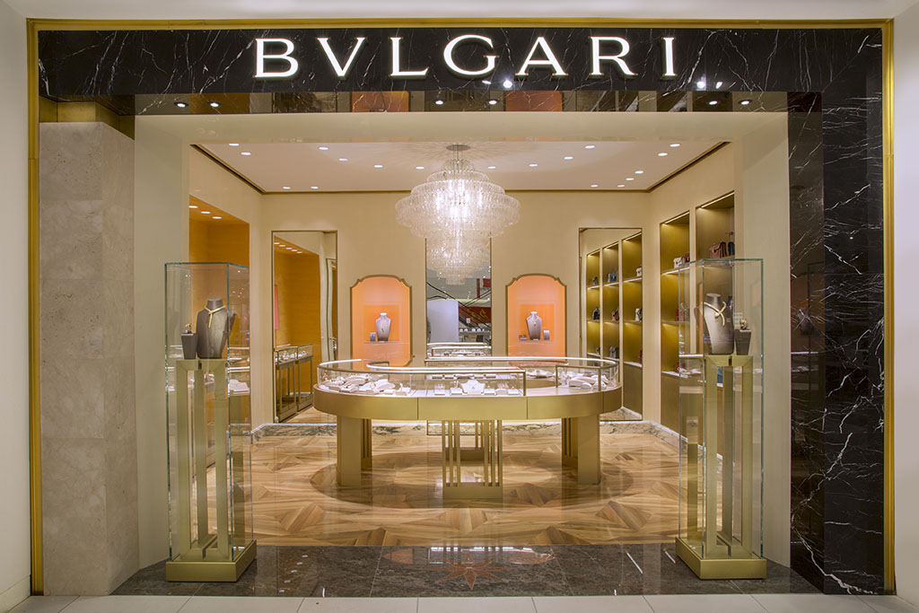 Bulgari at Holt Renfrew Vancouver_Shopping in Vancouver_Holt Renfrew Shopping_Menswear Travel Blogger Canada_Jonathan Waiching Ho