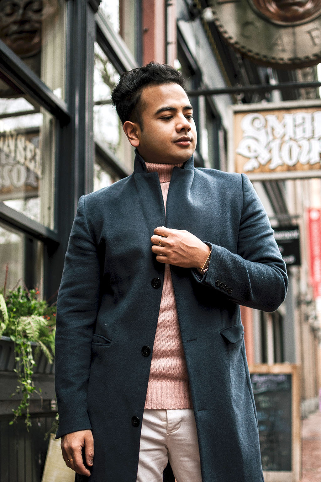 Jonathan Waiching Ho_Mens Fashion_Date Night Outfits For Men_Gastown_Fashion Blogger Canada_5