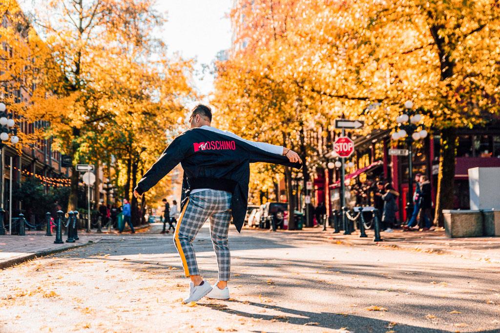 Influencer_Jonathan Waiching Ho_Toronto Fashion Blogger_Vancouver Fashion Blogger_HMoschino_OOTD in Vancouver Top Influencer_5