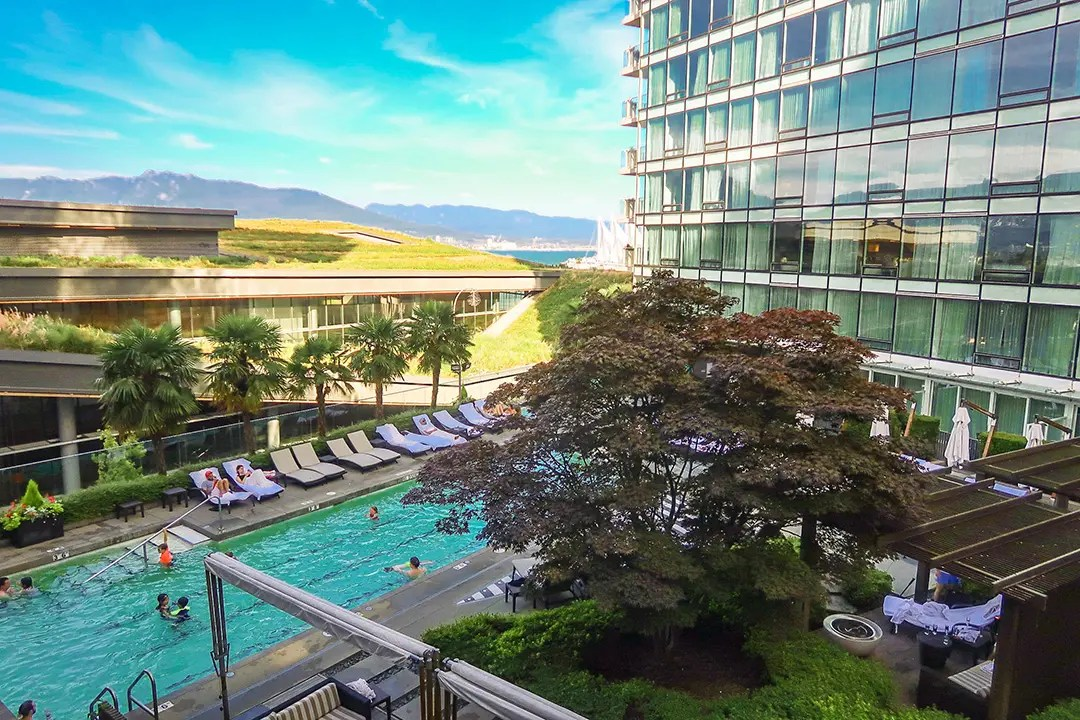 Booking Hotels in downtown Vancouver_Luxury Travel Blogger Canada