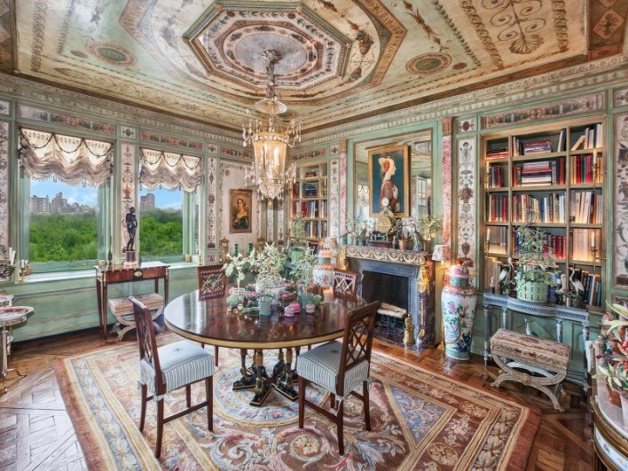 Howard-Slatkin-NY-Versailles-Apartment4