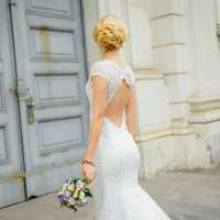 Wedding. Beautiful bride with bouquet. Bride portrait