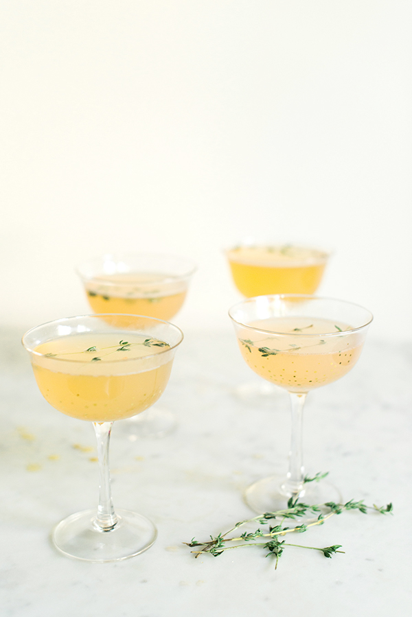 Grapefruit Gin Fizz, a great recipe for a signature cocktail