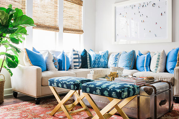 Decorating with blue & white, Waiting on Martha. Rustic White Photography