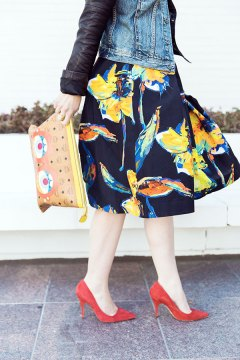 A perfect floral skirt for spring, Waiting on Martha