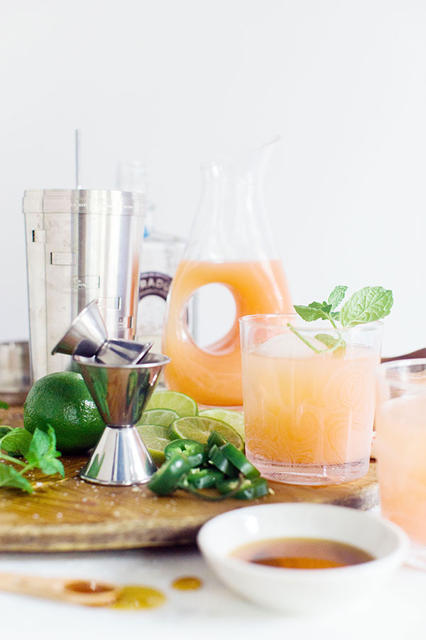 A Paloma recipe; grapefruit, lime and tequila cocktail