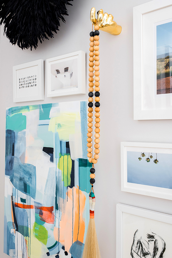 Styling a vignette and 3D gallery wall | waitingonmartha.com