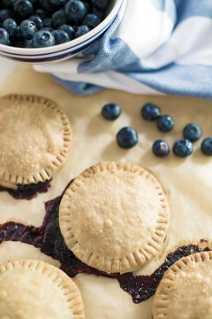 Homemade blueberry hand pies recipe