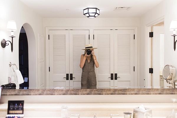 Stunning bathroom scenes via Waiting on Martha